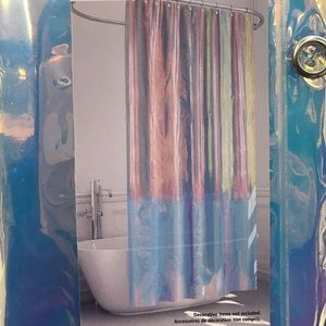 ❤️ Iridescent Shower Curtain